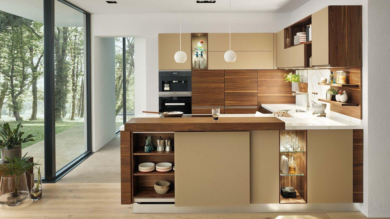 Cucina in legno naturale linee in noce