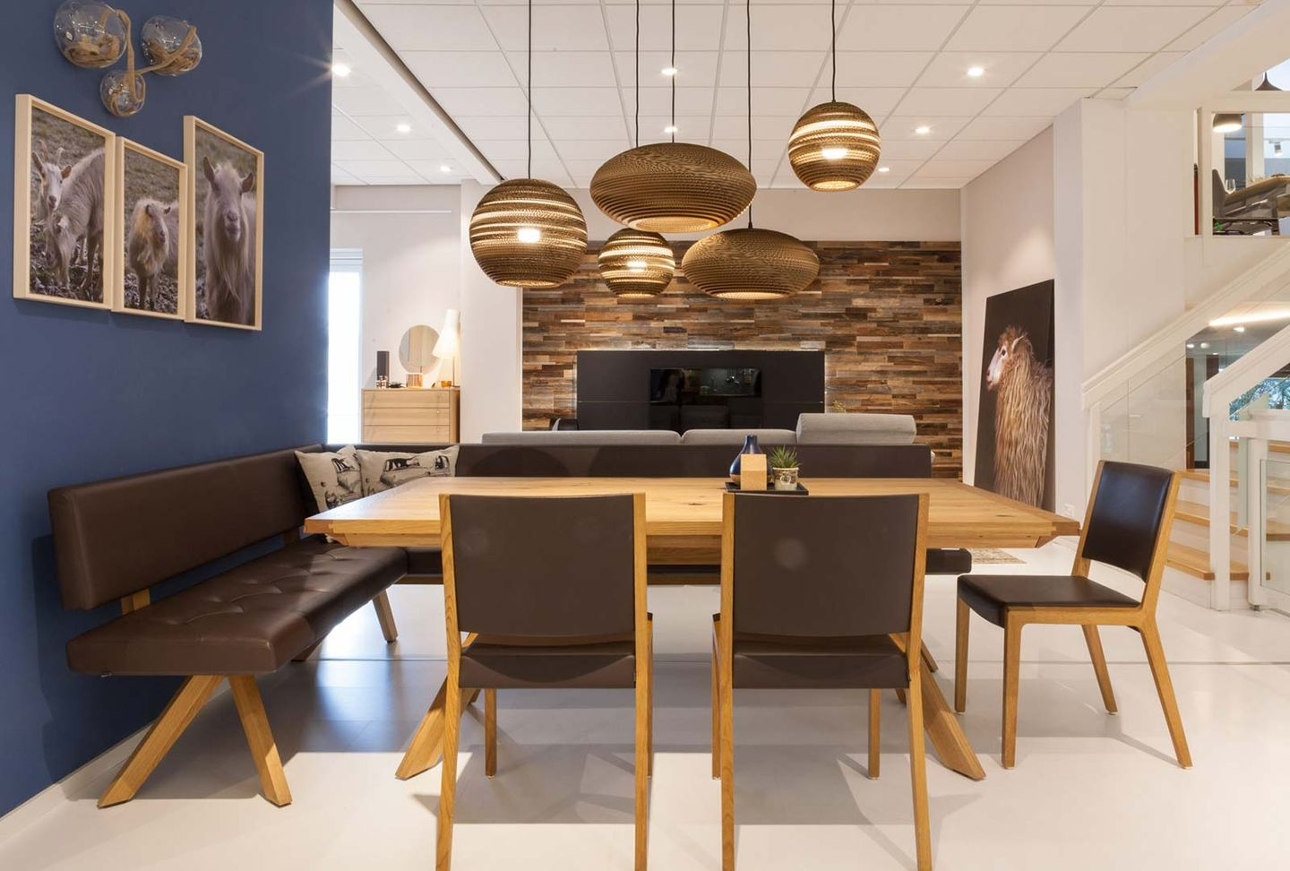 loft dining room group in leather at TEAM 7 store Wels