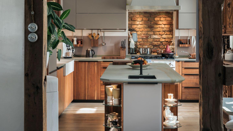 TEAM 7 cucina in legno massello in una casa privata
