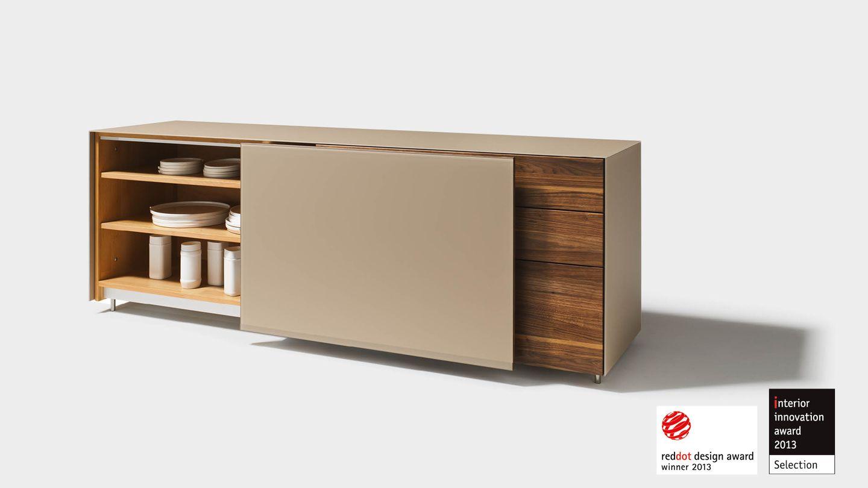 Plusieurs prix de design pour le buffet cubus pure de TEAM 7 tels que le interior innovation award 2013