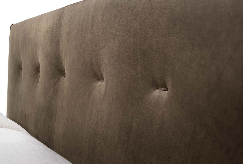Bett float mit Kopfhaupt in Leder mit hochwertiger Steppung