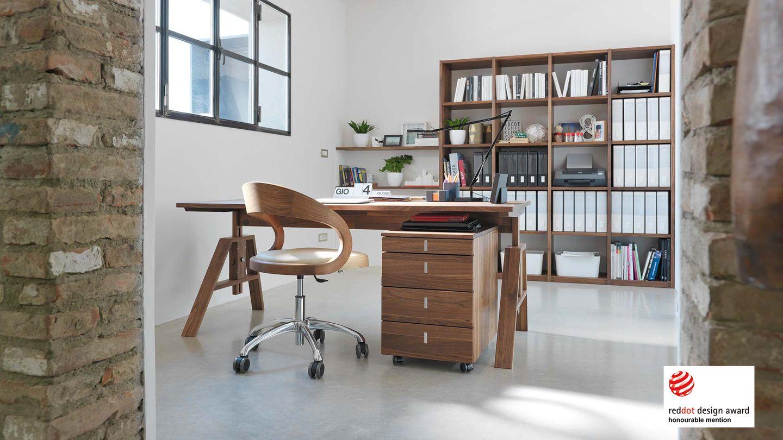 Premio di design per la scrivania atelier di TEAM 7 - red dot award 2008