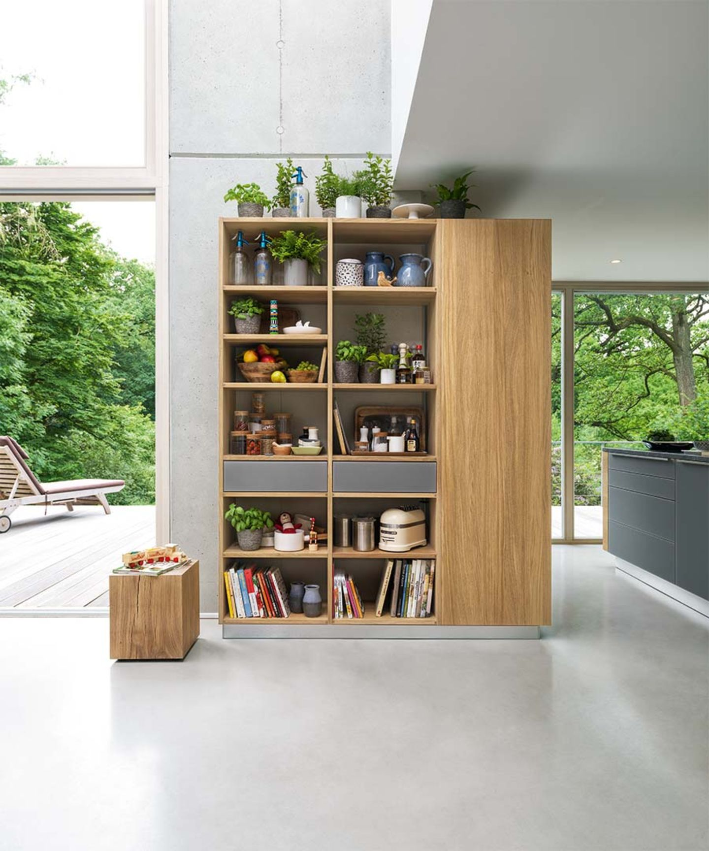 cubus wooden shelf in oak