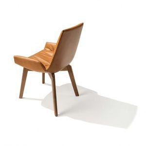 TEAM 7 lui plus mit komfortabler Sitzschale in sepia Leder