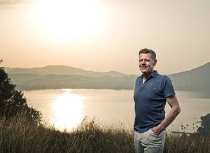 Georg Emprechtinger, propriétaire et directeur de TEAM7, au lac d'Attersee