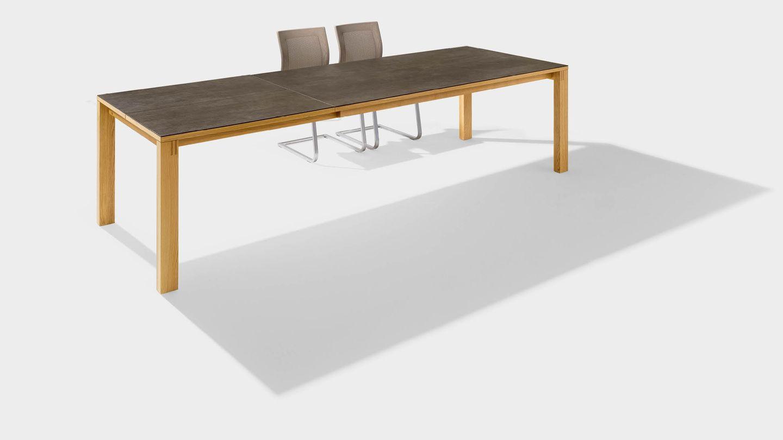 Tavolo allungabile magnum in legno naturale con superficie in ceramica
