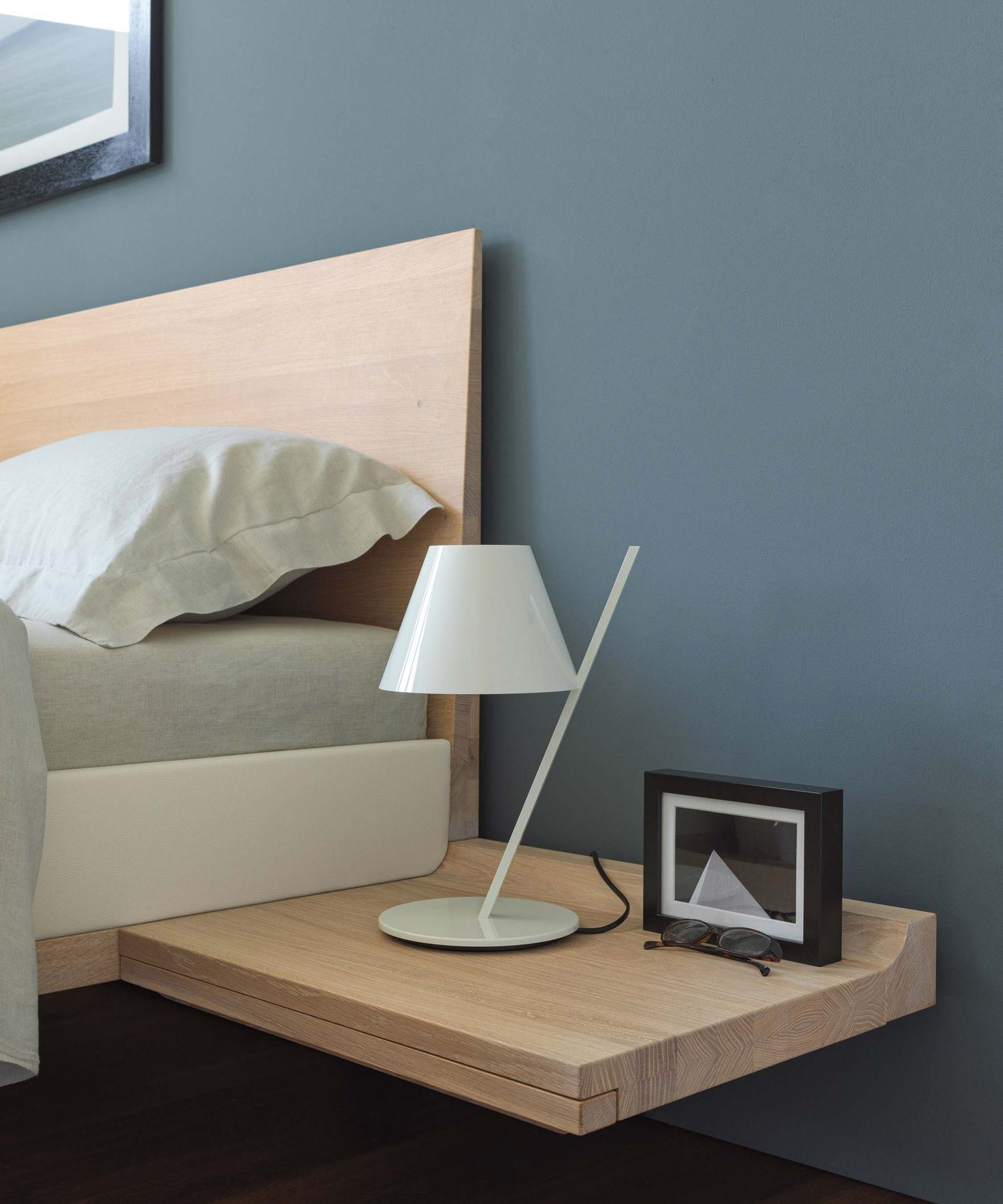 riletto bed with console of solid wood