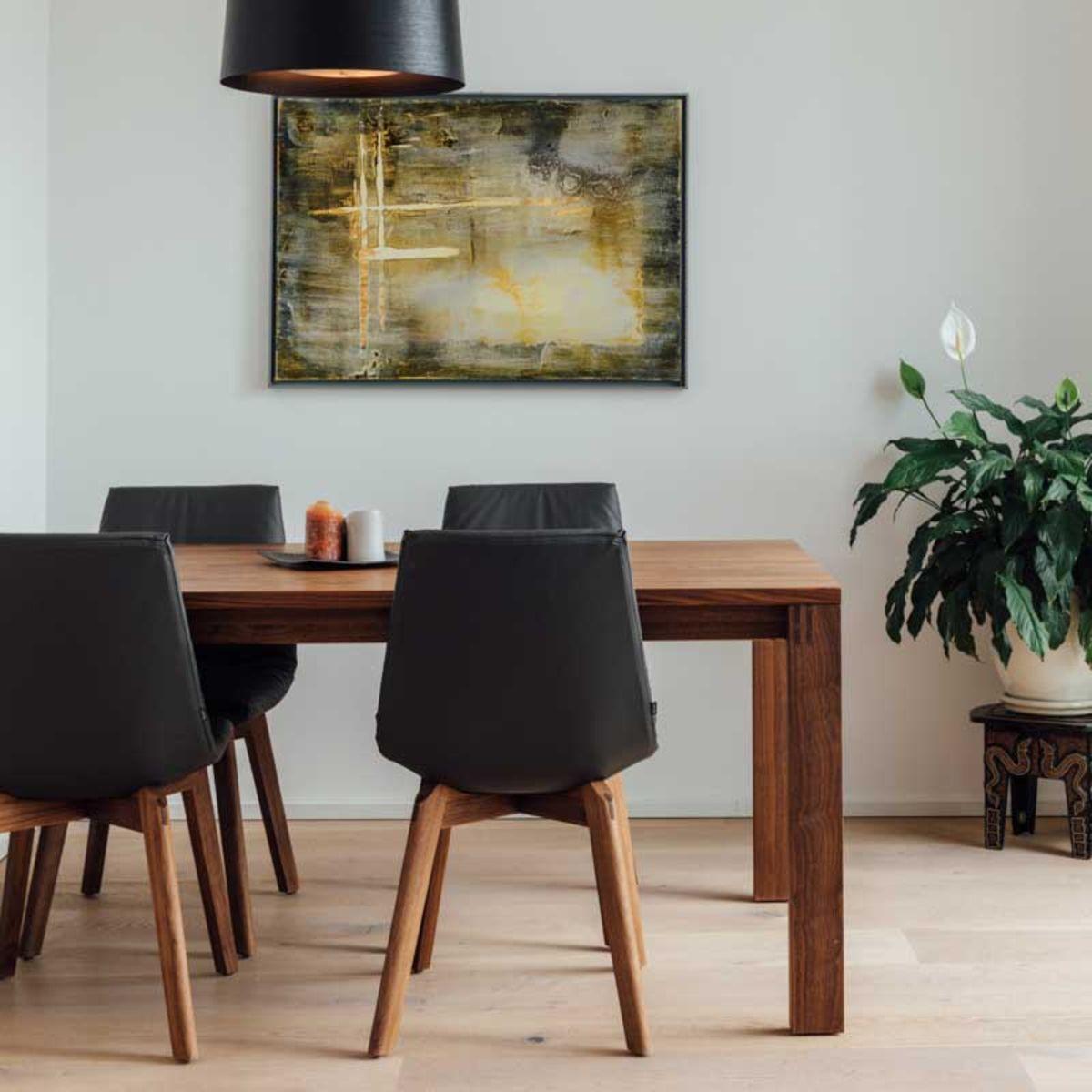 magnum Tisch mit lui Stühlen in Nussbaum von TEAM 7 Wien