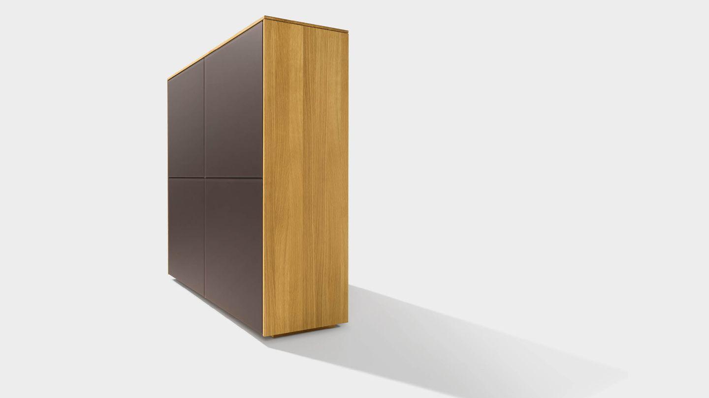 Buffet haut filigno en bois naturel avec façade en céramique