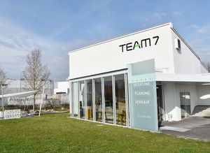 External view of store at TEAM 7 Wels