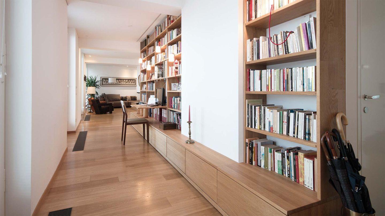 Мебель от TEAM 7  из натурального дерева в частной квартире
