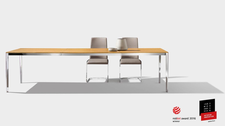 Premio di design per il tavolo tak di TEAM 7 – red dot award 2016
