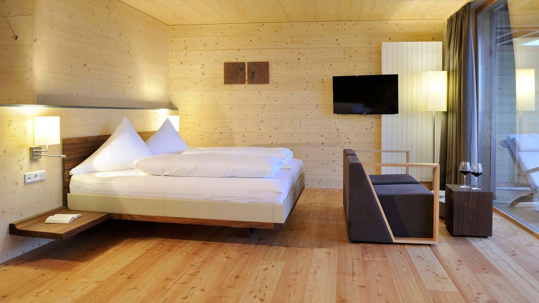 Lit riletto de TEAM 7 dans l'hôtel Forsthofalm