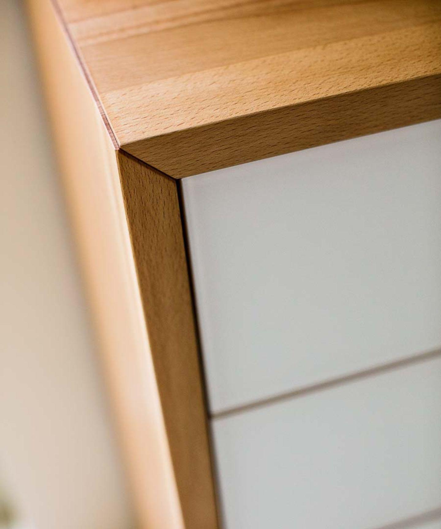 Meuble d'appoint en bois massif lunetto avec raccord d'angle