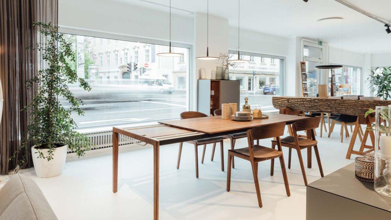 tak extendable table in walnut TEAM 7 Linz