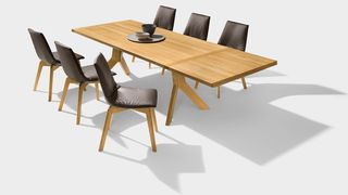 yps extendable table made of solid wood by TEAM 7