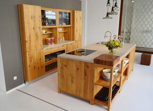 loft kitchen made of solid wood at TEAM 7 Munich