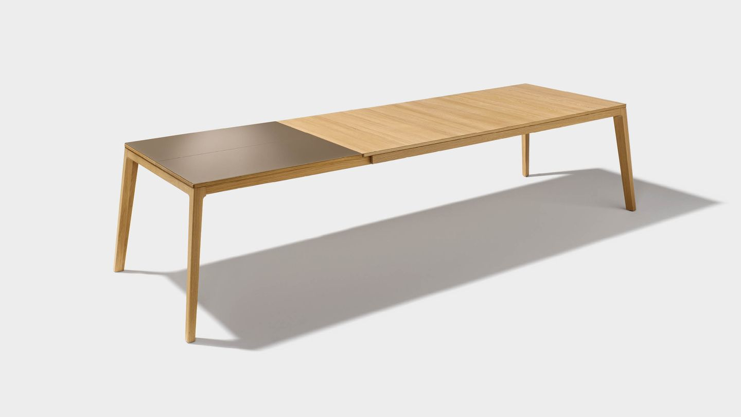 Extendable table mylon of solid wood