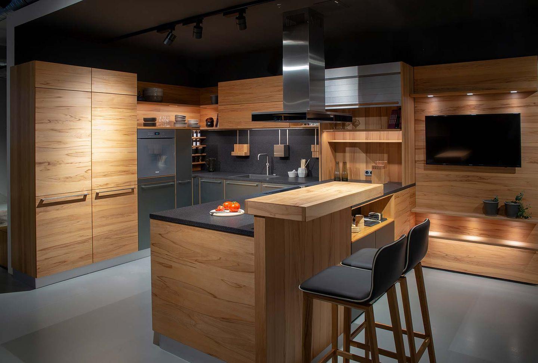 Natural wood kitchen TEAM 7 Hamburg City