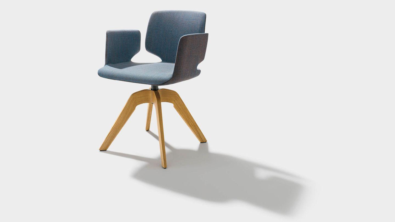"""Вращающееся кресло с подлокотниками """"aye"""" из текстиля и на деревянных ножках"""
