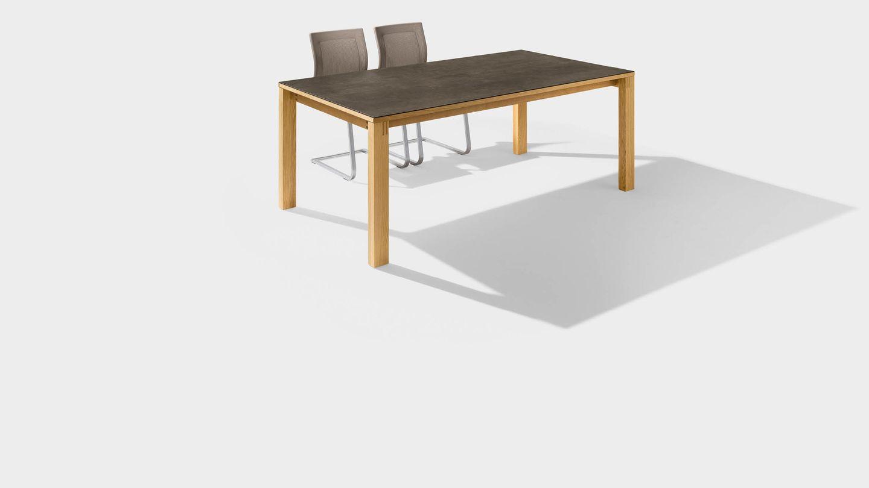 Table de salle à manger magnum en bois avec surface en céramique