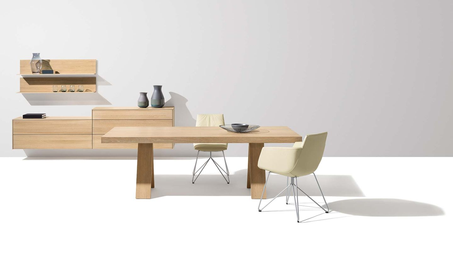 tema extendable table with A-frame base made of oak white oil by TEAM 7