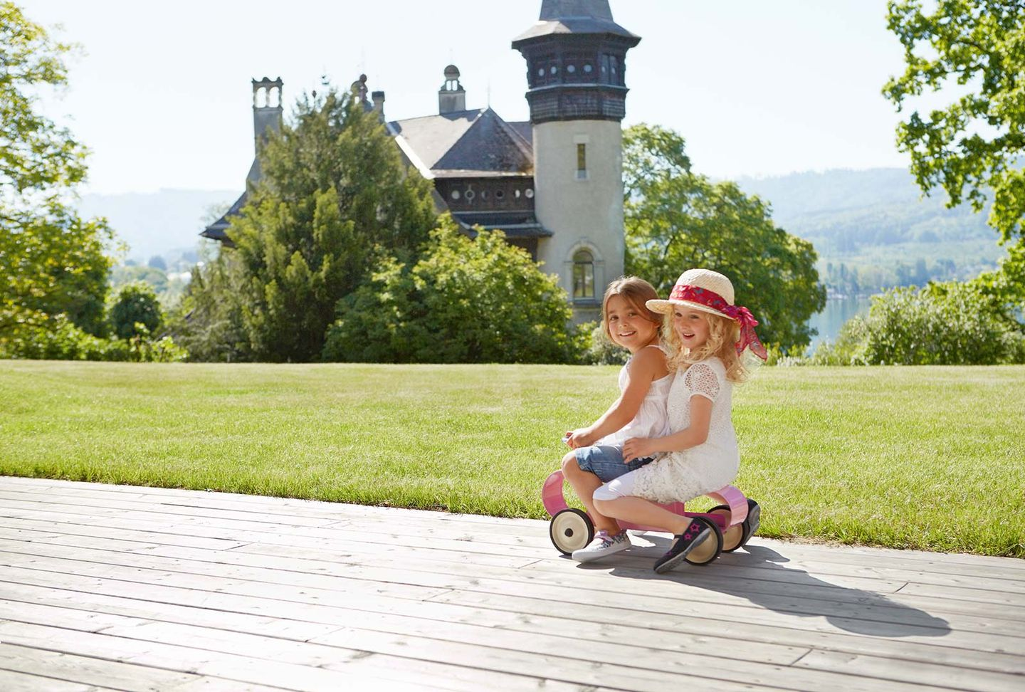 Children playing in nature - mobile kids' furniture
