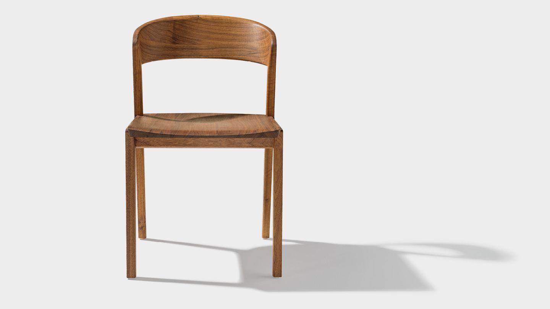Фронтальный вид стула mylon из орехового дерева