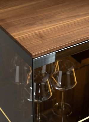 detailed view of the TEAM 7 filigno glass cabinet