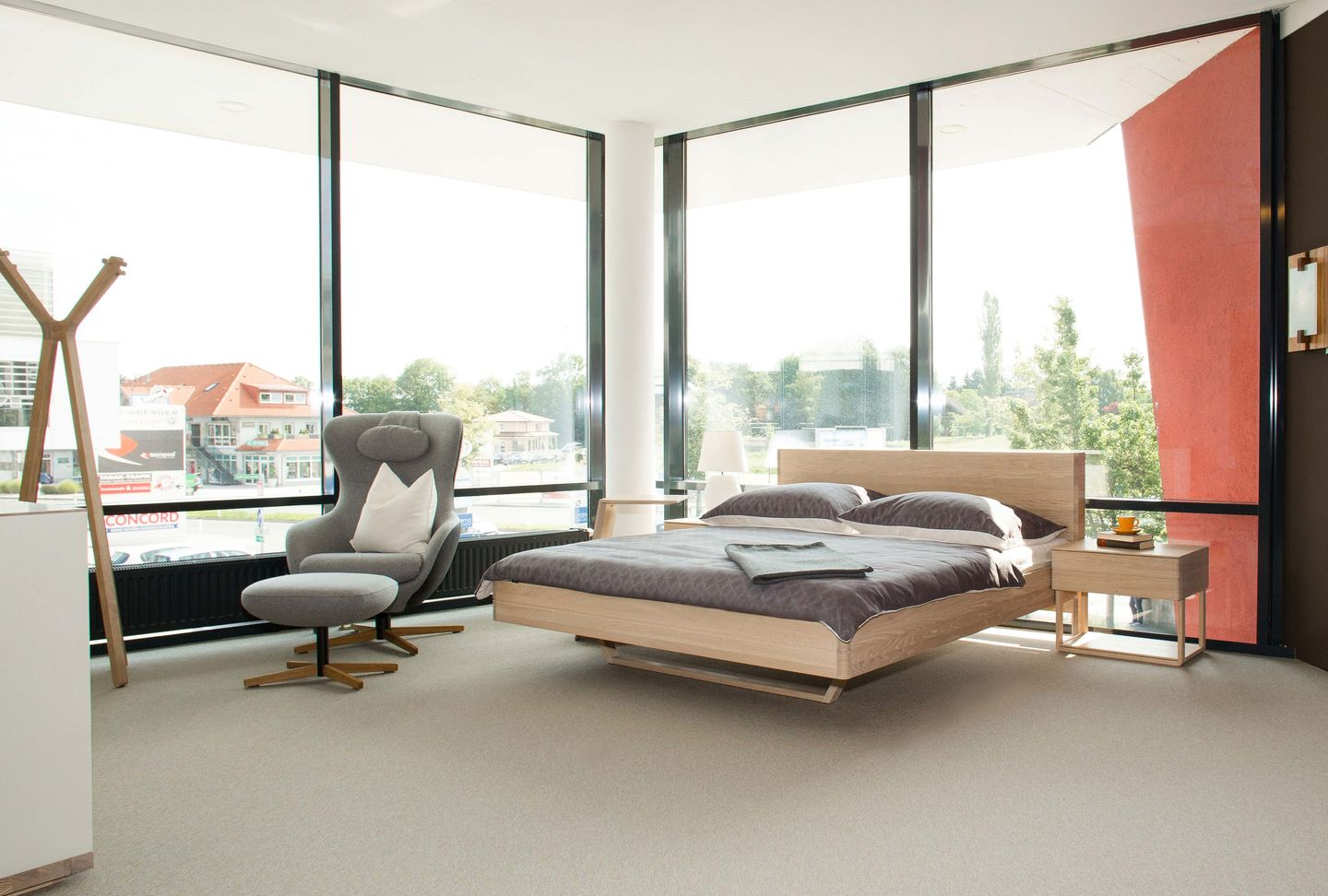 float bed in oak white oil TEAM 7 Salzburg