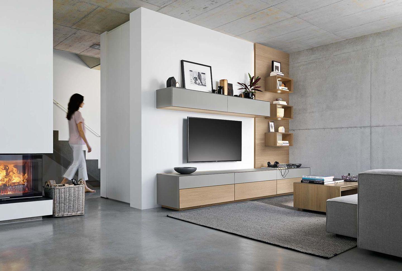 Wohnwand cubus pure aus Massivholz mit flexiblen Gestaltungselementen