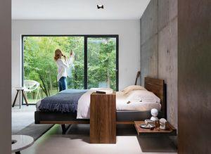 """Деревянная кровать """"riletto"""" с кожаным обрамлением"""