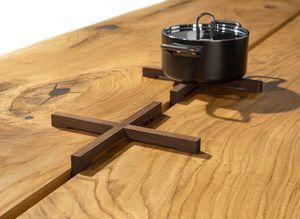 Sottopentola appositamente creato per il tavolo echt.zeit di TEAM 7