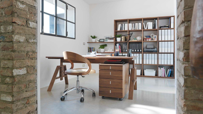 """Письменный стол """"atelier"""" от TEAM 7, дизайнер Кай Стания"""