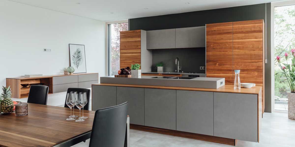 filigno Küche mit tak Tisch in Nussbaum von TEAM 7 Wels