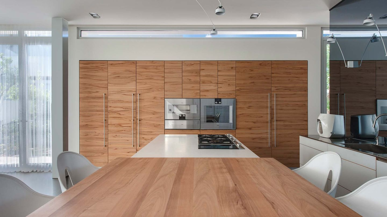 Cucina vao di TEAM 7 in casa privata - vista frontale