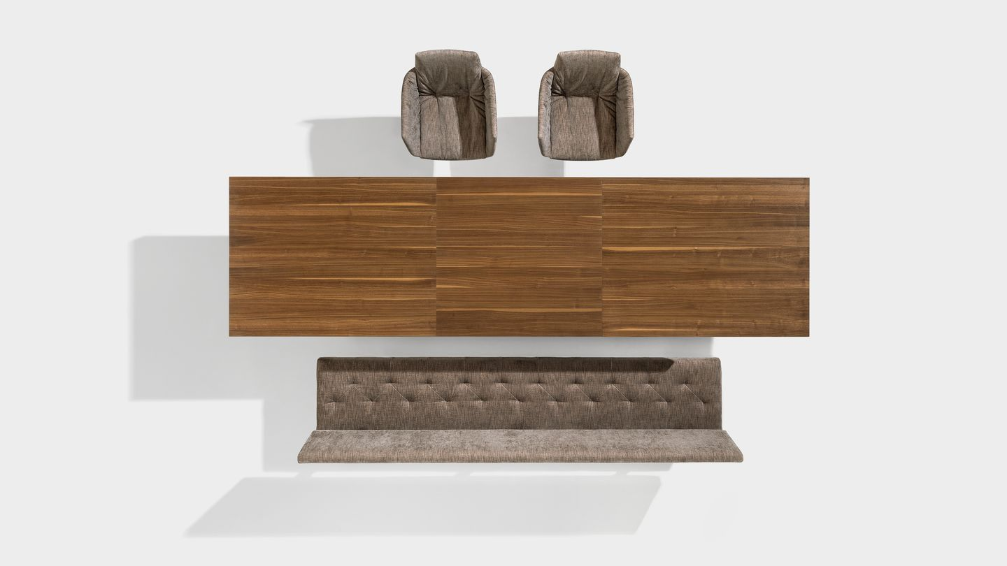 tema extendable table in walnut by TEAM 7