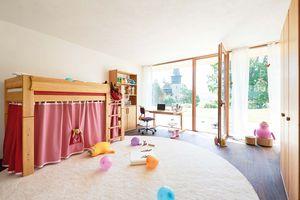 TEAM 7 Kindermöbel mit rosa Elementen