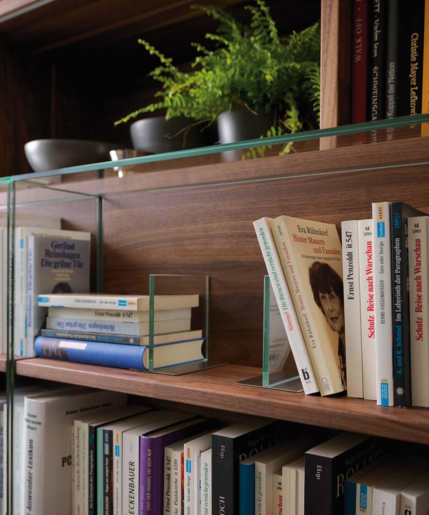 Bibliothèque cubus avec éléments en verre