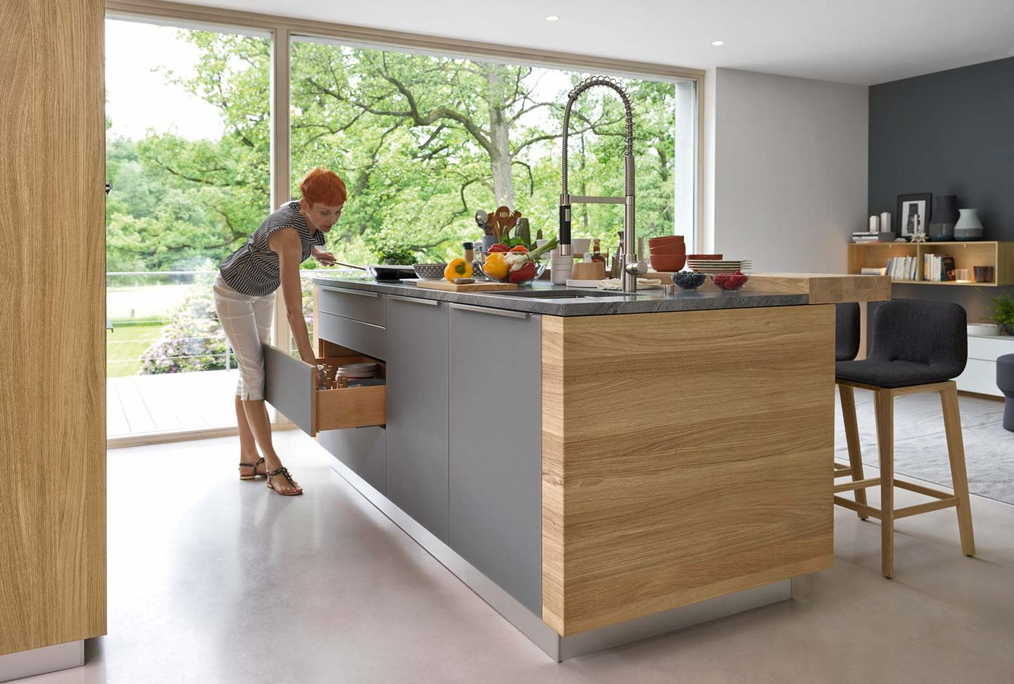 linee kitchen island in wood with ark bar stool