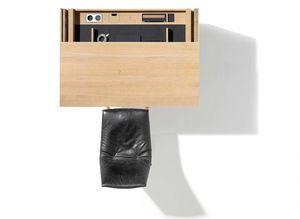 Ausziehbare Scheibtischplatte beim filigno Sekretär