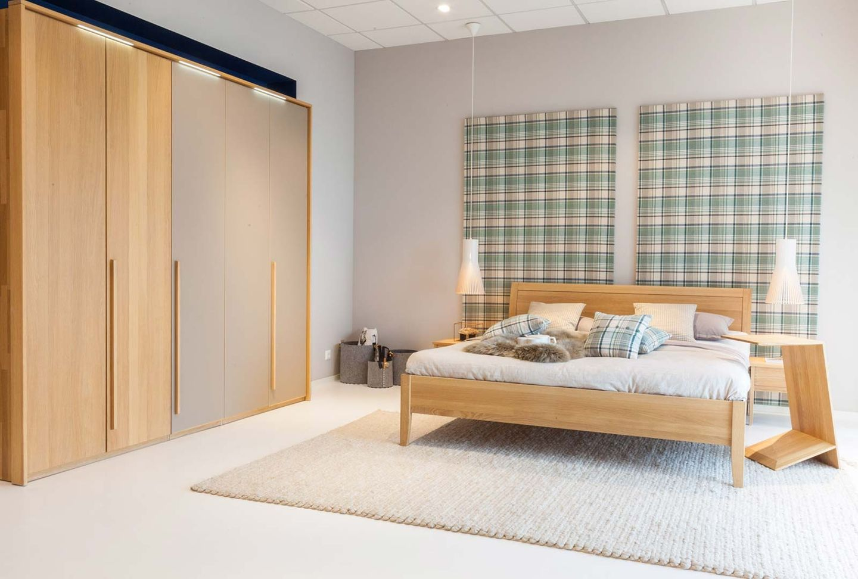 Schlafzimmermöbel lunetto Bett im TEAM 7 Store Wels