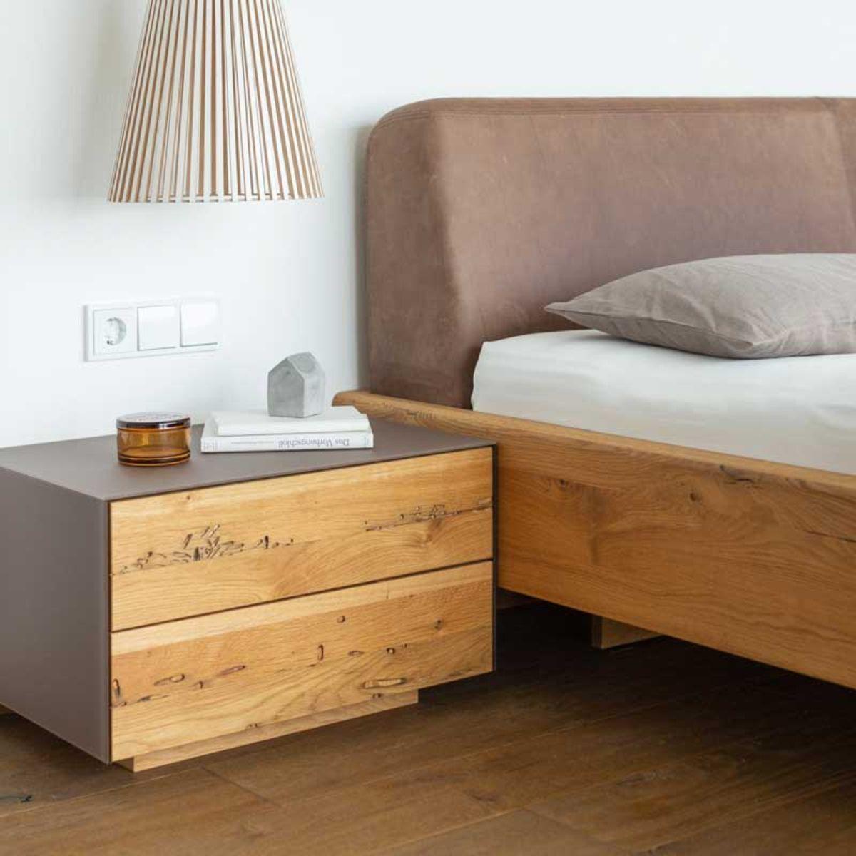 nox Bett mit cubus pure Nachtkästchen von TEAM 7 Frankfurt