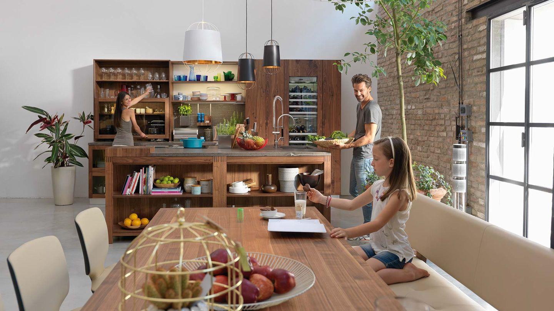 Massivholzküche loft mit yps Holztisch