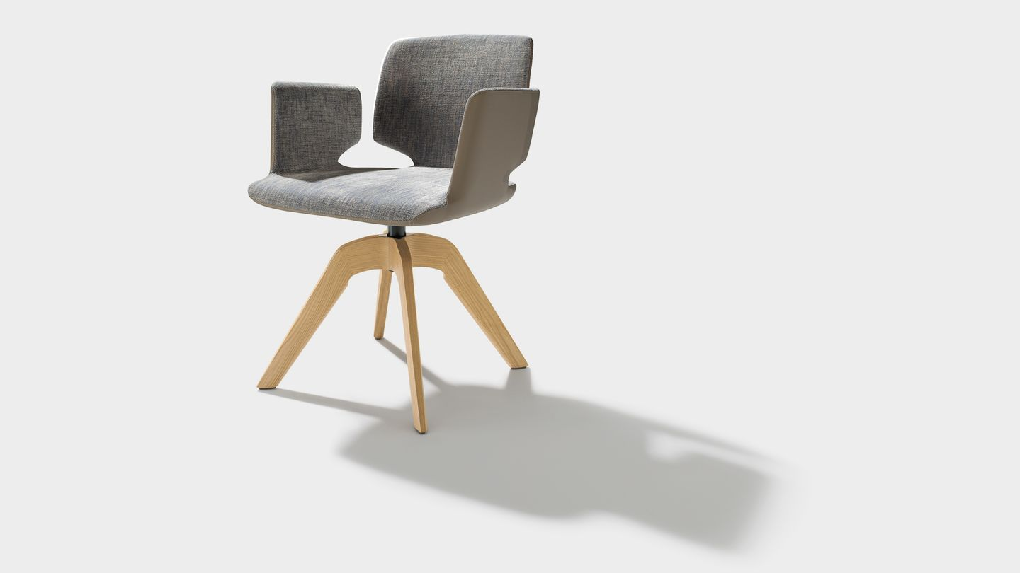 aye swivel chair in maple fabric with armrests