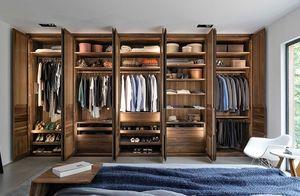 Kleiderschrank Innenleben aus Massivholz