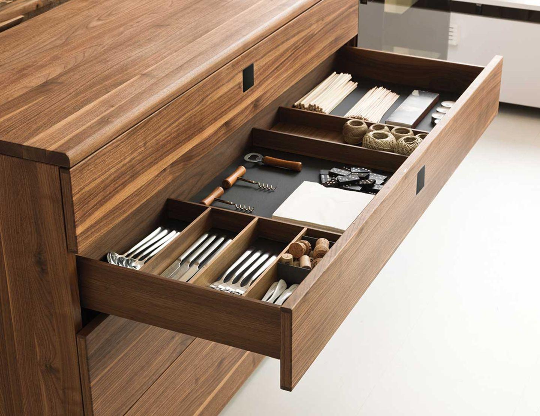 Buffet nox en bois naturel avec séparation de tiroirs pratique
