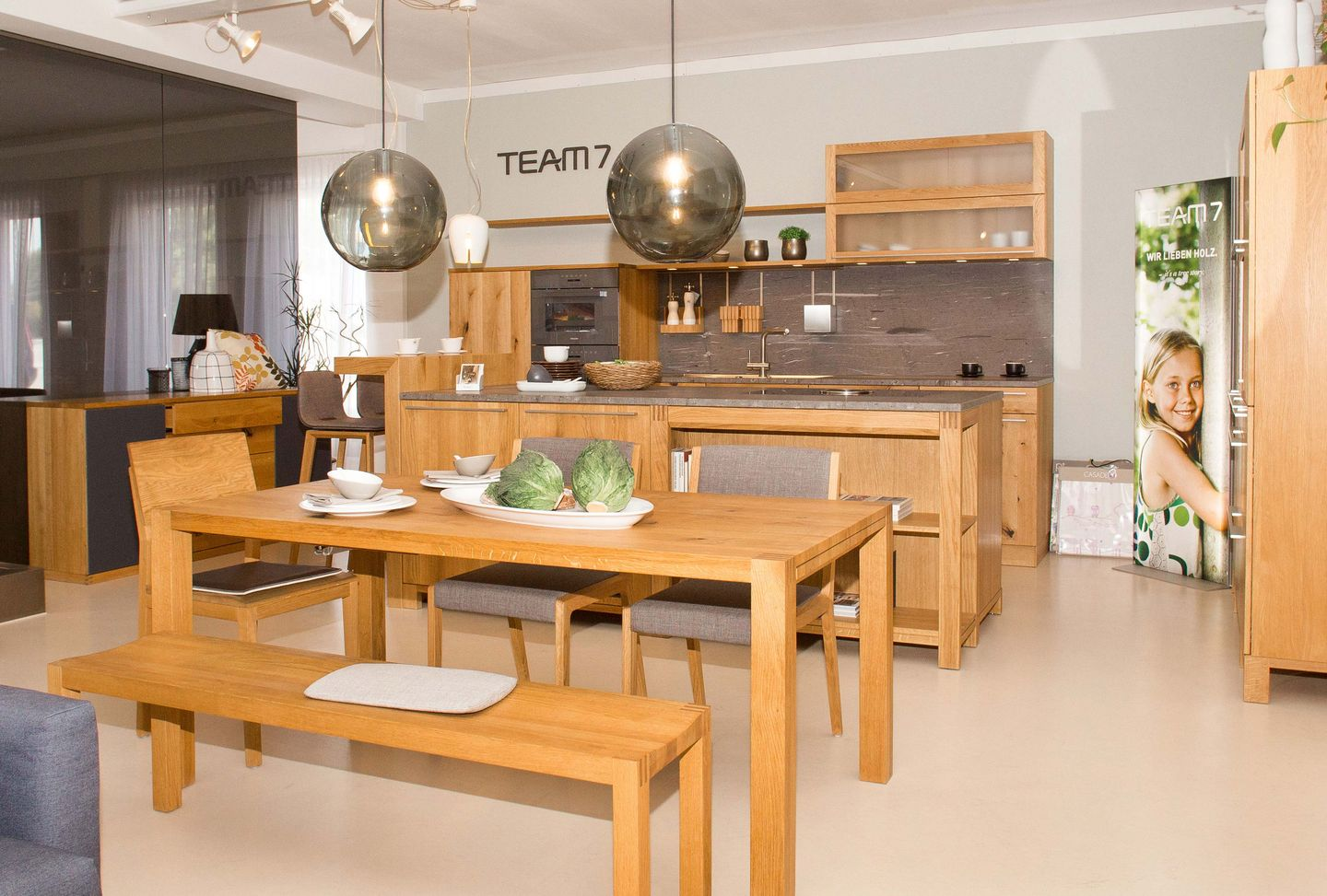 loft dining group in solid wood TEAM 7 Salzburg