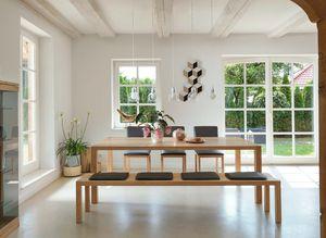 Panca per zona pranzo loft in legno naturale di TEAM 7