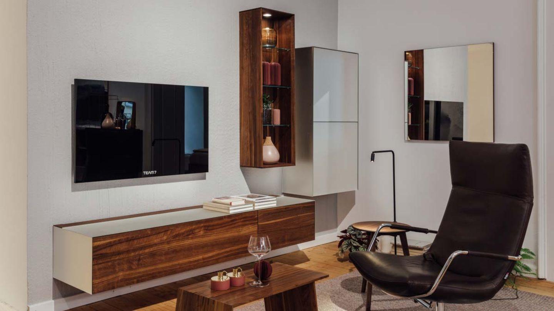 living room in walnut TEAM 7 Linz
